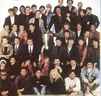 foto di gruppo degli artisti partecipanti al festival di sanremo 1988
