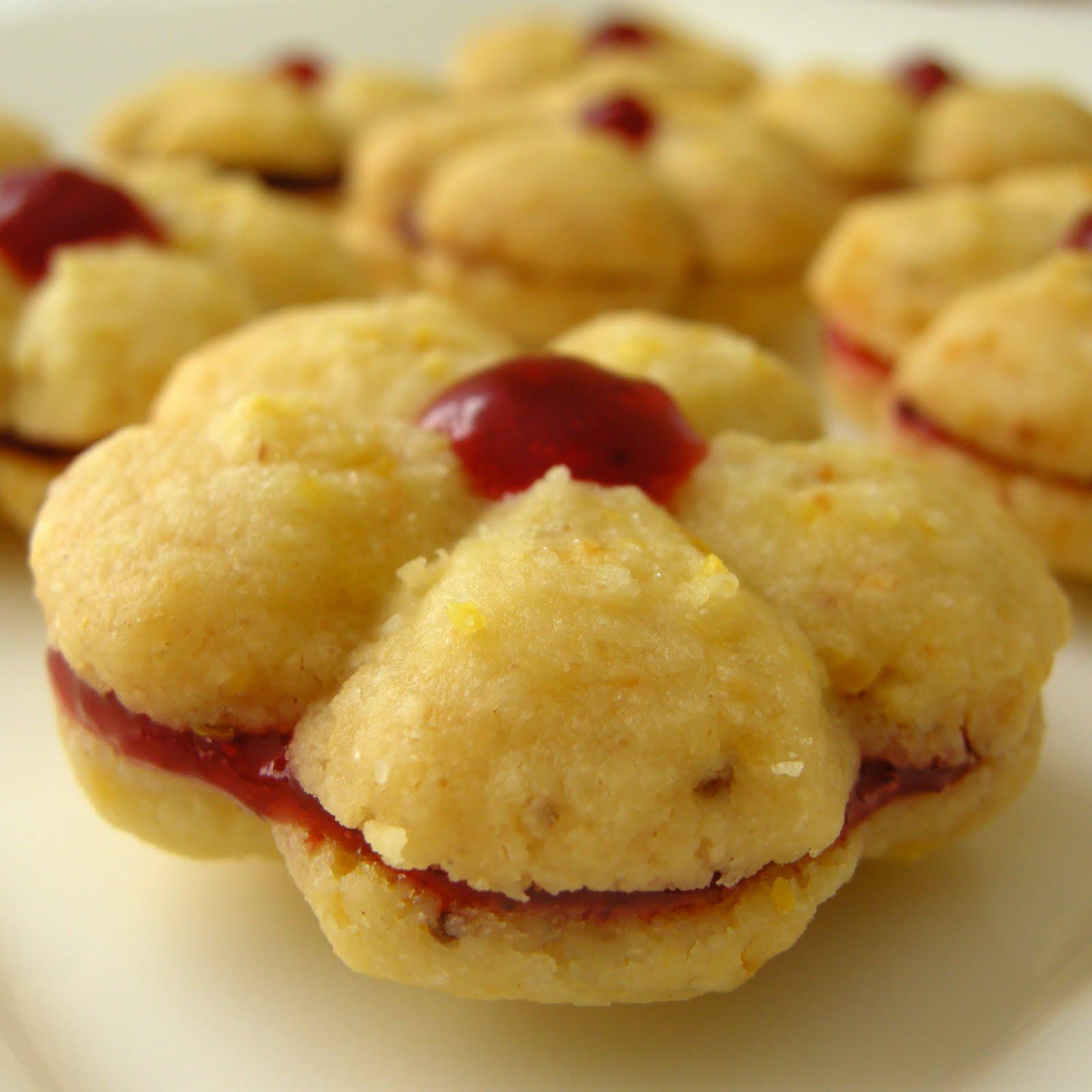 Mary Mary Culinary: Cornmeal shortbread cookies