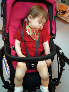 Nice and cosy in Maxi cosi