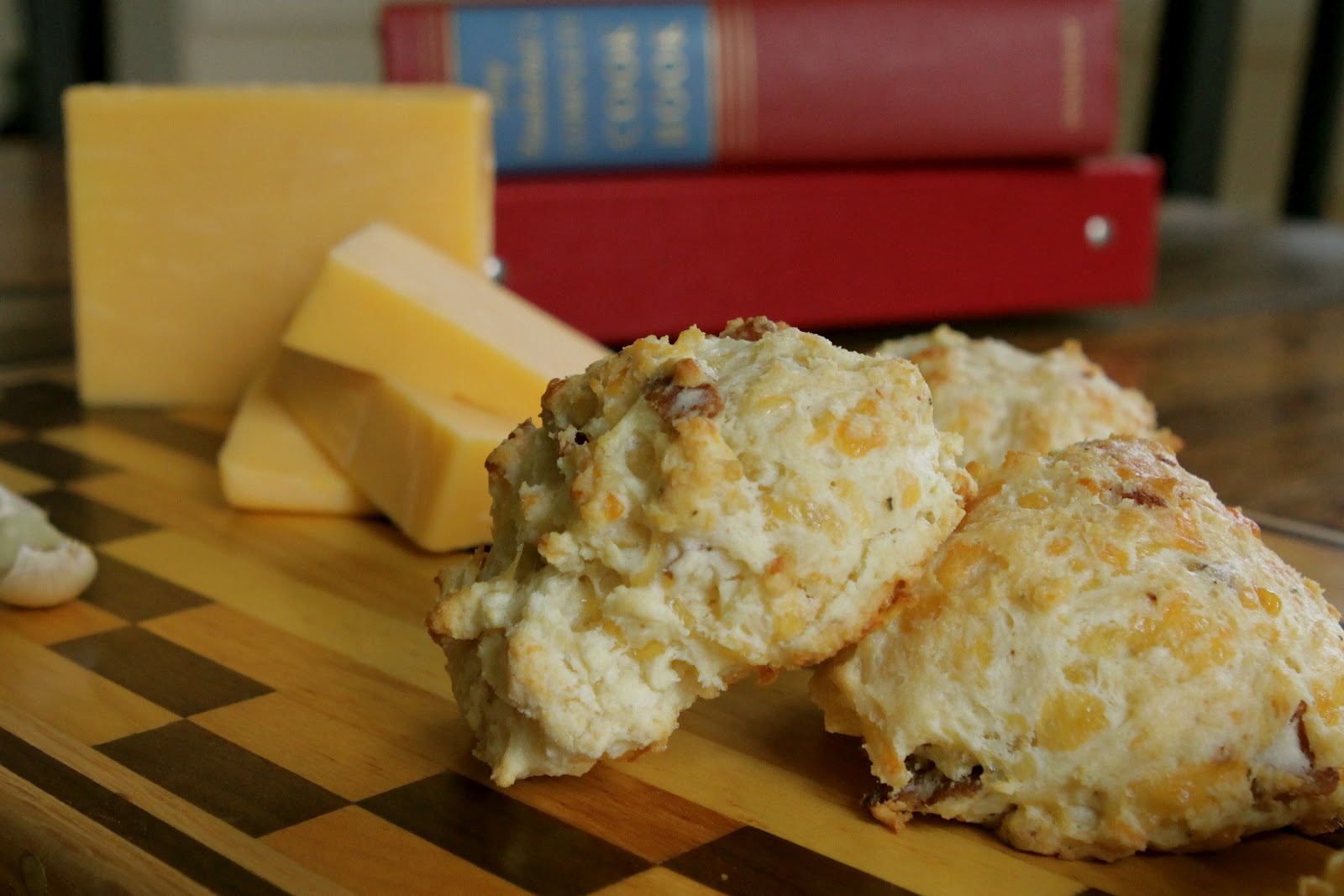 Cheddar & Bacon Biscuits with Garlic Butter Topping