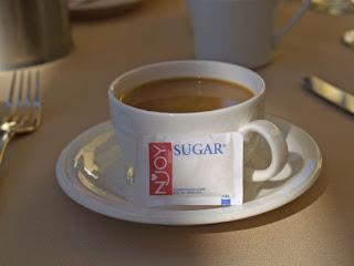 Terlalu Sering Konsumsi Gula, Kulit Jadi Tua