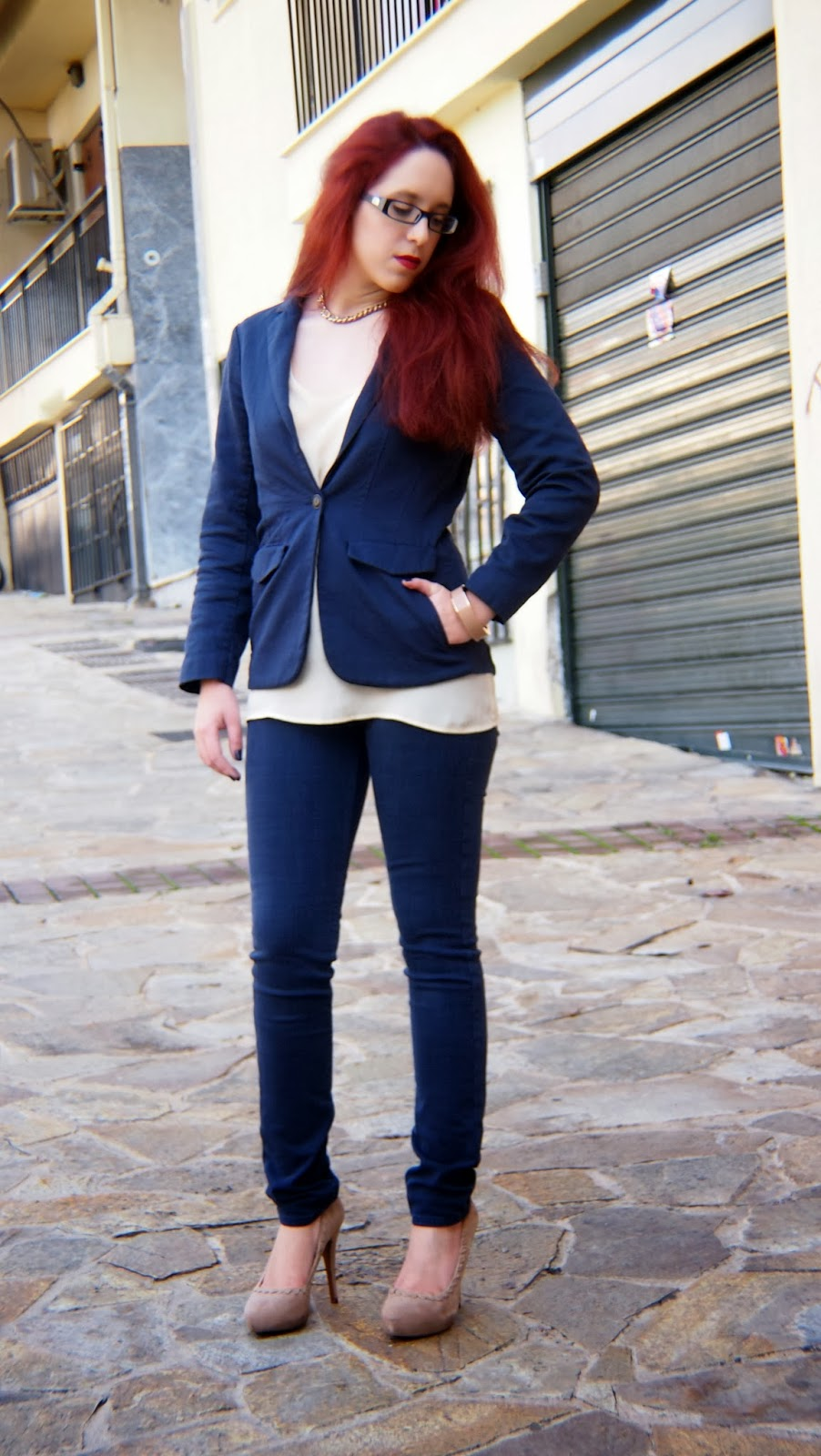 Anna Keni,redhead, spotlights on the redhead,fashion,model,blogger,zara,lee,lee jeans, american vintage,suit,blazer,tokyo jane