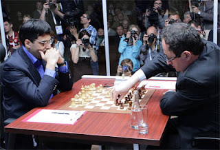 Echecs à Moscou : Vishy Anand face à Boris Gelfand - Photo © Chessbase