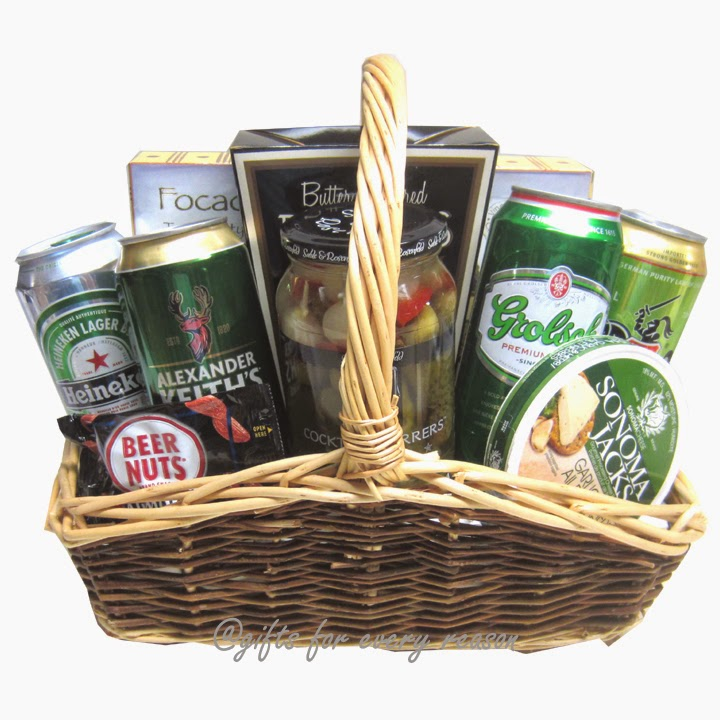 Gifts for every reason unique gift basket ideas for men that you hunting gift basket solutioingenieria Gallery