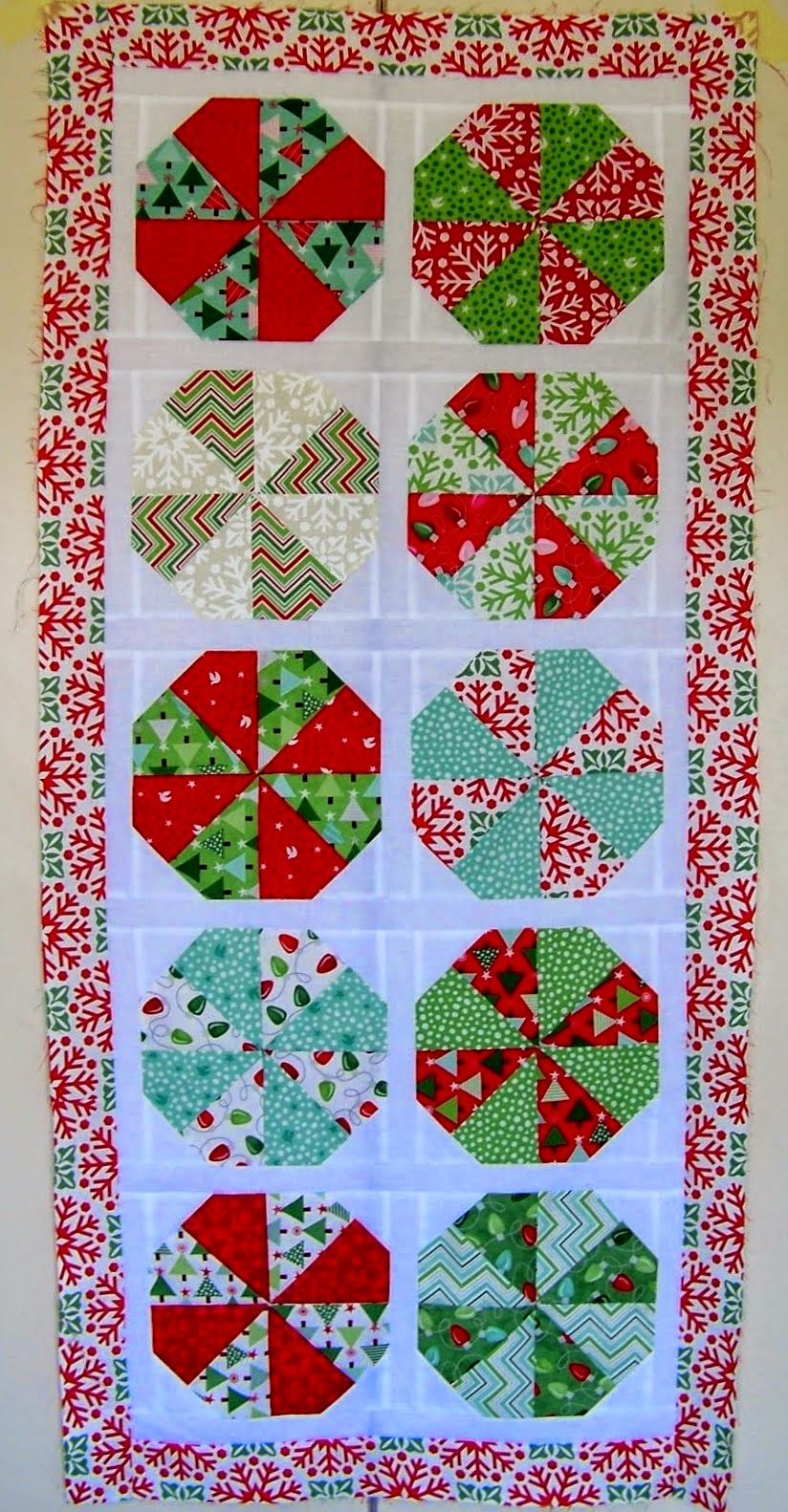 Christmas Joy Runner Tutorial