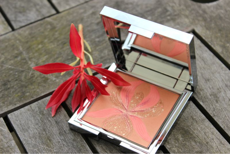 Sisley L\'Orchidee Highlighter Blush Review | The Sunday Girl