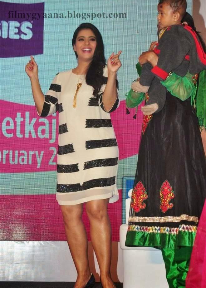 Kajol Devgan Showing Spicy Thigh Pics