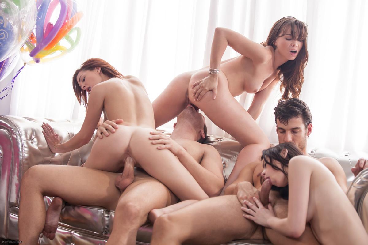 ivi-ru-eroticheskie-foto-grupp-podderzhki