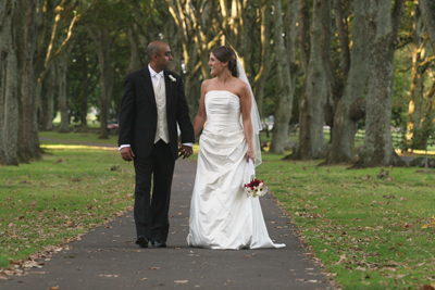 One Tree Hill Domain Was The Venue For Angela And Kirit S Wedding Photos
