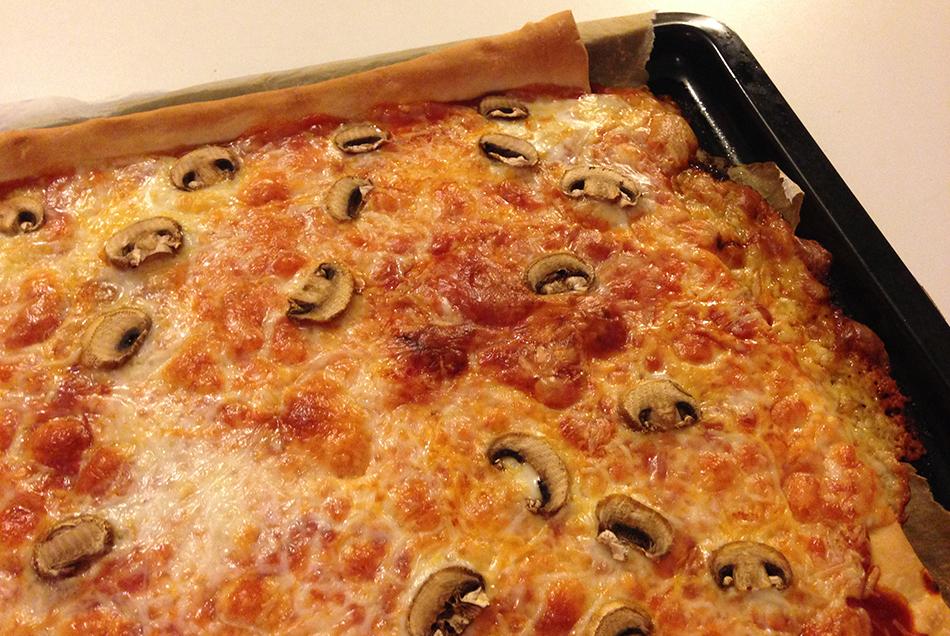 recette-pizza-fromage-et-champignons