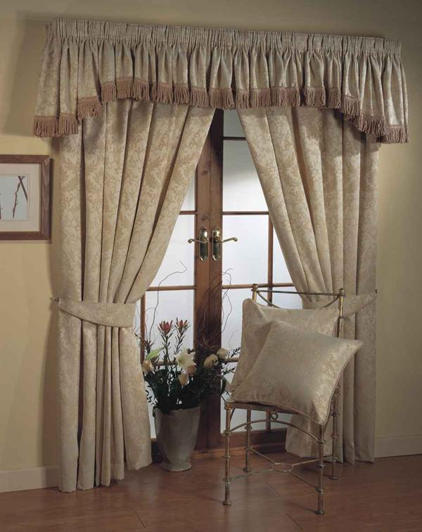 Modern Curtains 2014 For Living Room Interior Decorating