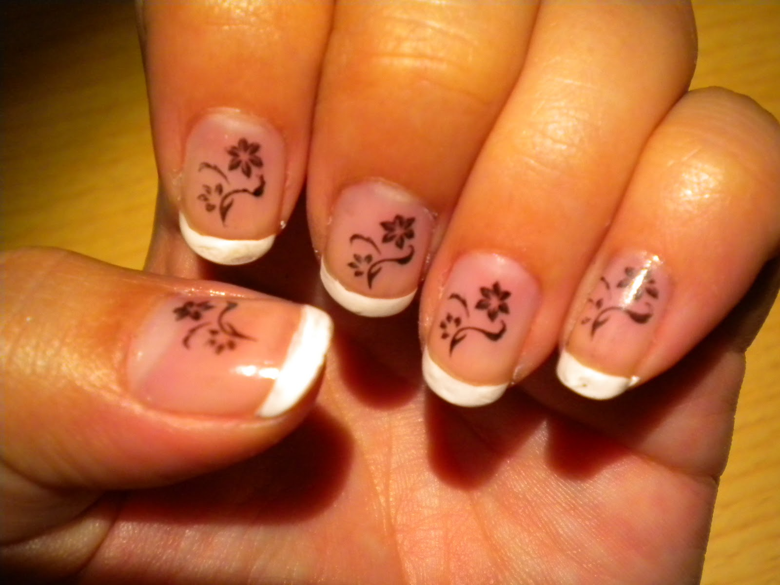 manicura de dibujos de racha la moda de la manicura