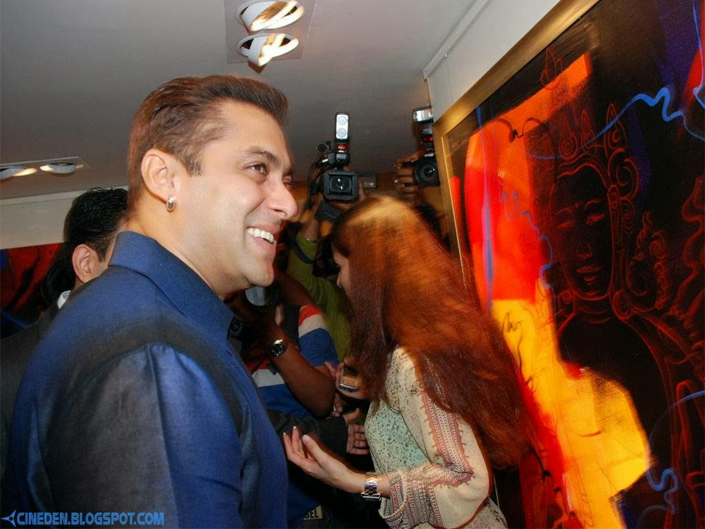 When Salman Khan entertained fishermen community - CineDen