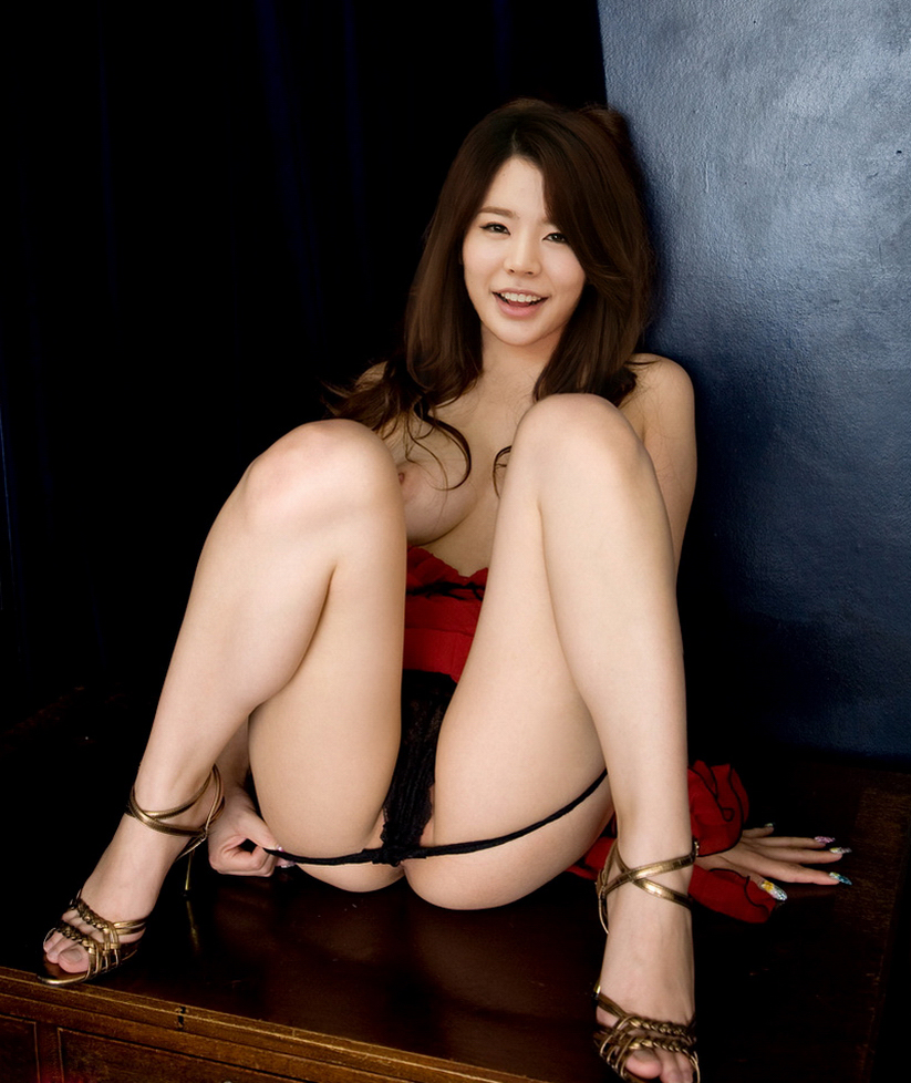sunny snsd naked and fucking