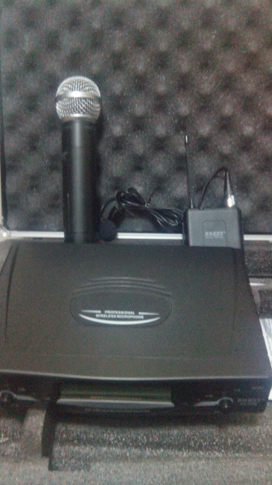 Jasa Sewa Mic Wireless Dan Amplifire Speaker Outdoor Toa Zw G810 Auto Reverse Dilengkapi Dengan Volume Control Pengatur Kecepatan Tape Dapat Merekam Langsung Dari Amplifier Kami Juga Menyediakan