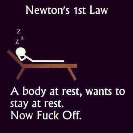 Apa bedanya perbedaan hukum newton i 1 2 3 II III