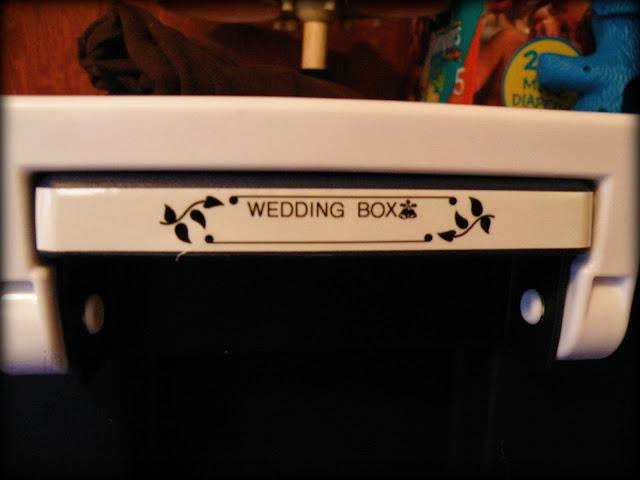organizing wedding box