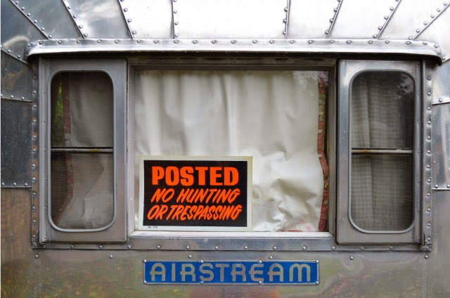 Instruction sign on an Airstream