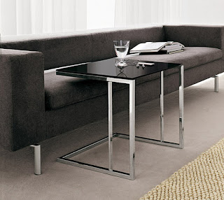 Mesas auxiliares para espacios reducidos for Mesas salon plegables diseno