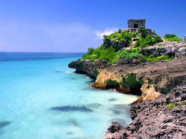 Mexico Tourist Attractions - Tulum Mexico