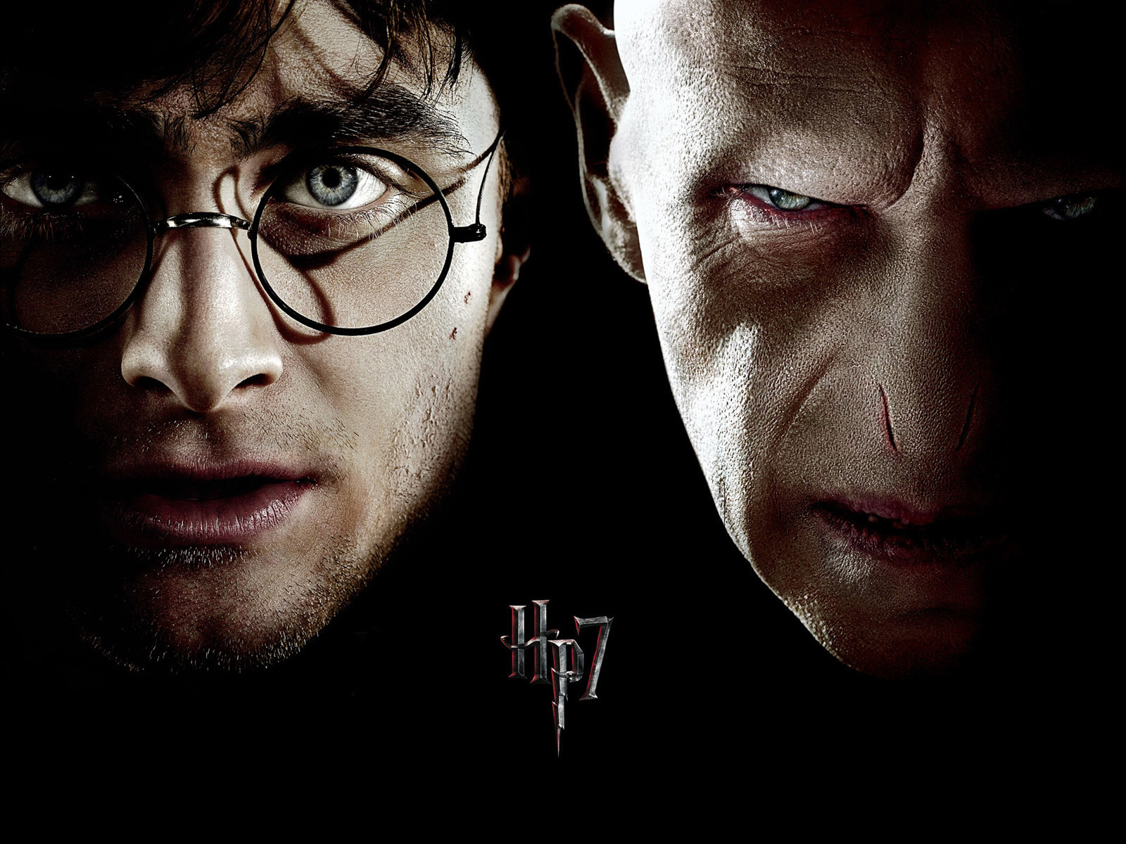 http://1.bp.blogspot.com/-5qABjW3TIPc/TiIm0Tsl-RI/AAAAAAAAABs/57Ng7EWrRCE/s1600/05-The-best-top-desktop-wallpapers-double-harry-potter-voldemort-hp7-wallpaper.jpg