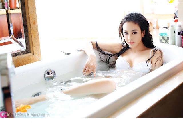 1 Liu - White-Very cute asian girl - girlcute4u.blogspot.com