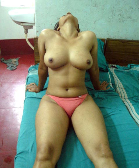 desi girls, desi girls boobs, desi girls hot, desi randi, desi village girl, hot desi girls, desi, Hot Sexy Booby, Indian boobs, Indian girl boobs cleavage, milky boobs, small boobs, sexy girl, Sexy Indian girls