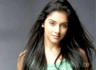 Asin_Thottumkal_Bollywood_7