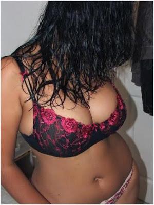 Desi-Girls-In-Bikini