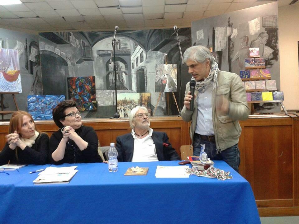Il 'mio' elogio del 'libro' come mezzo naturale di fantasia al 3° SALOTTO MULTIMEDIALE  e CULTURALE 'Tina Piccolo' presso il Teatro Pasolini di CASALNUOVO ( Na)