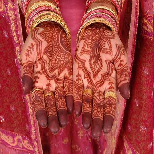 Muslim Mehndi Patterns : Jilbab muslim woman wedding mehndi designs