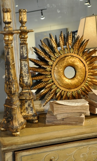 Sunburst Mirror for Home Decor: Velvet and Linen