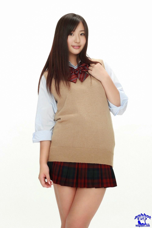 yuri-murakami-00562562