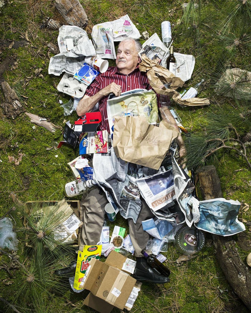 ©Gregg Segal - 7 Days of Garbage. Fotografía | Photography