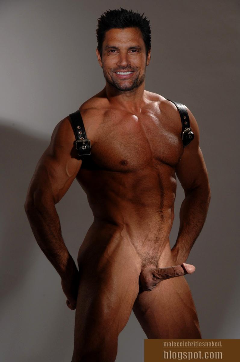 Naked manu bennett Manu Bennett's