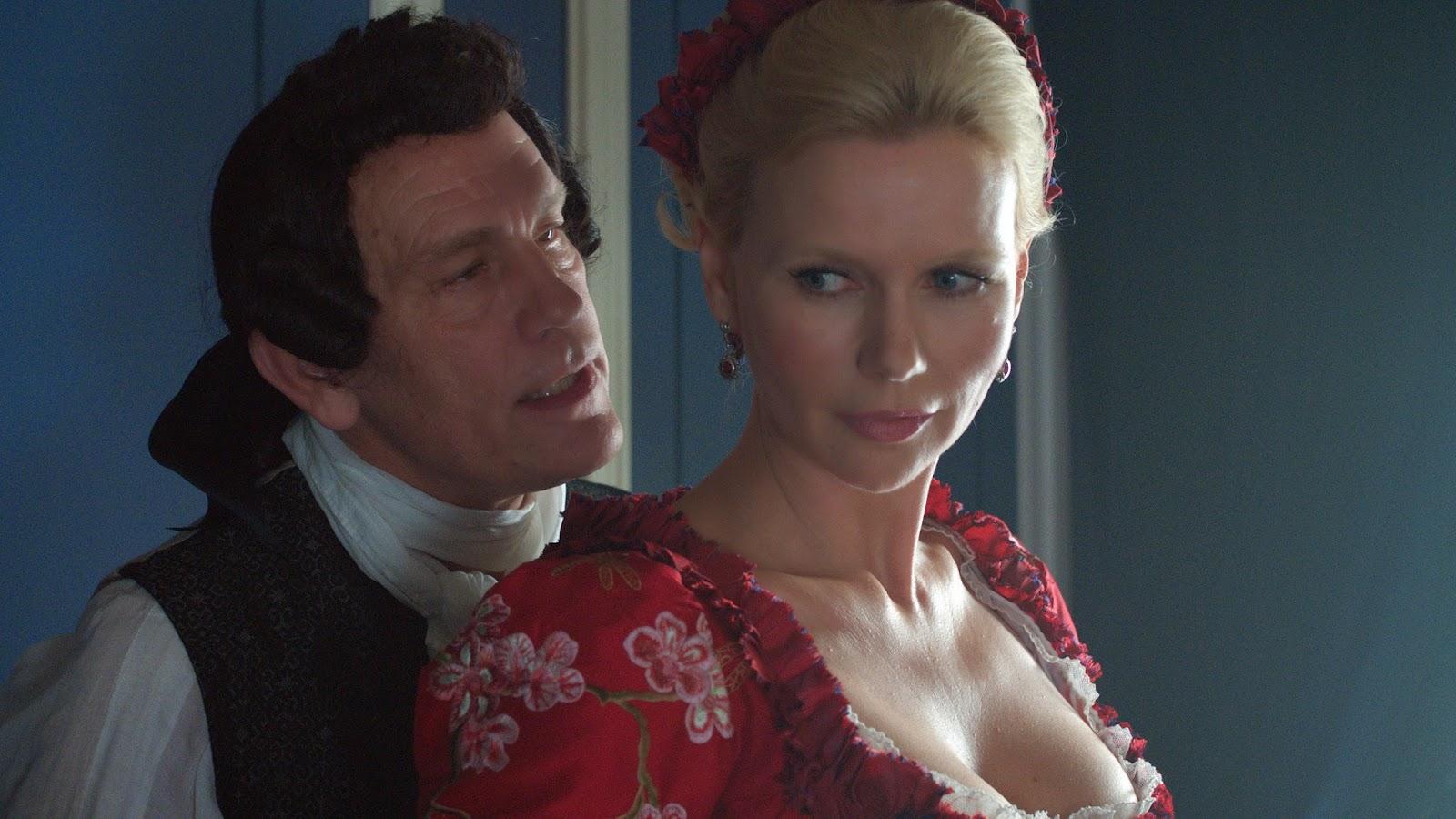 John Malkovich (Casanova) y Veronica Ferres (Elisa)