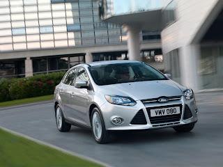 2012-Ford-Focus-05