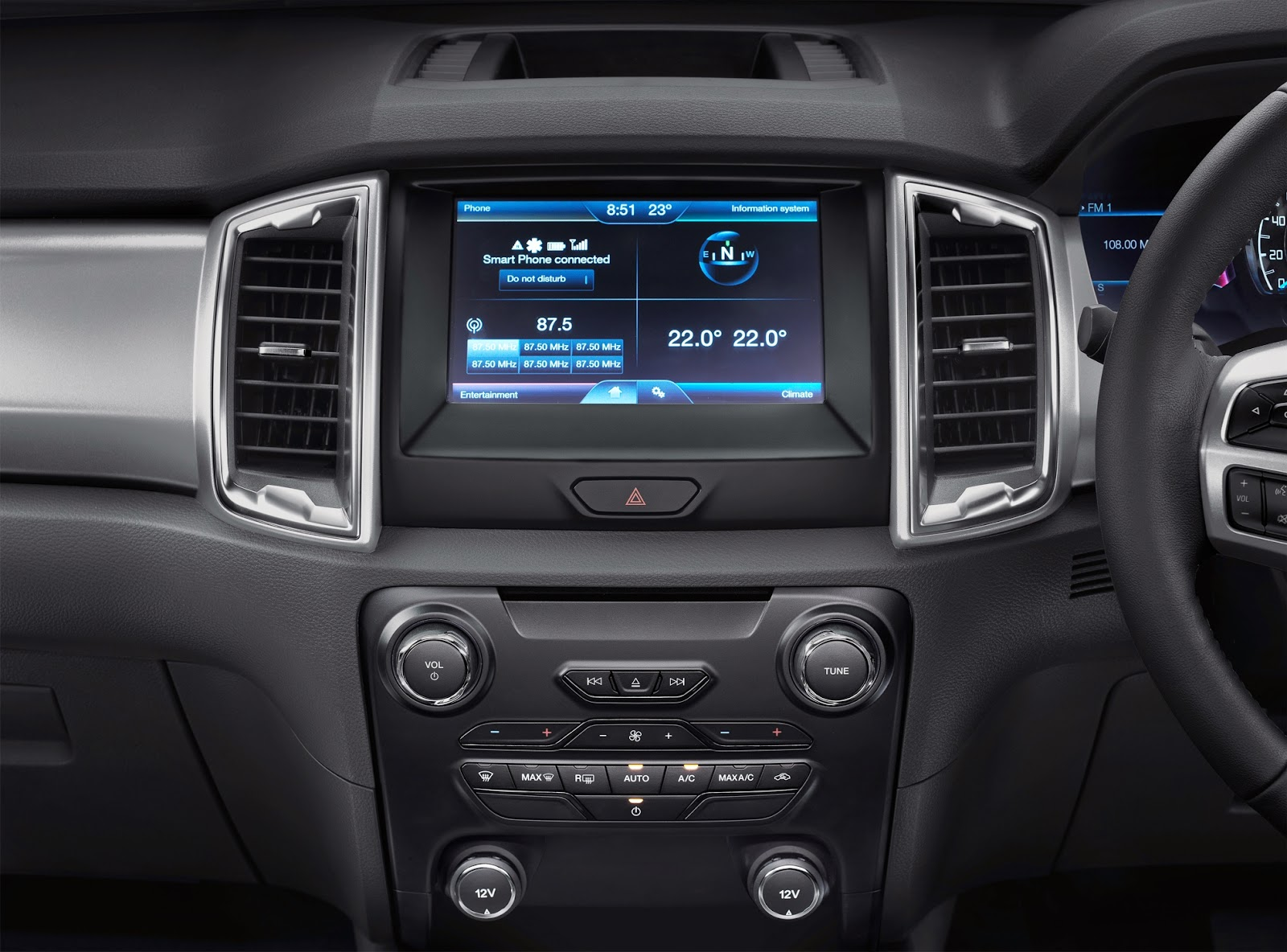 Audio system and dashboard