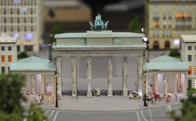 Koleksi Miniatur Terbesar di DUNIA