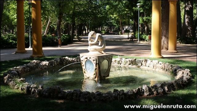 Fuente-Parque-Abelardo-Sanchez-Albacete