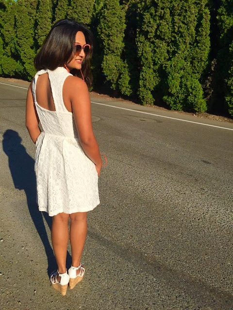 little white dress, sudio head phones review, white dress with white wedges, indian fashion blogger, ananya kiran , seattle blogger