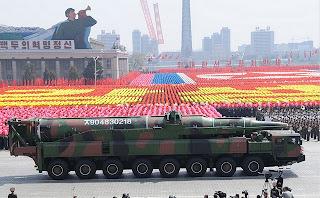 Iran y el mundo Arabe-Israel - Página 7 Hwasong-13_surface_to_surface_short-range_tactical_ballistic_missile_North_Korea_Korean_army_defence_industry_640_001