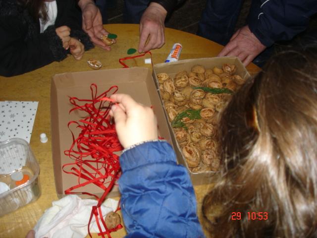 Advent na Krásné 29. 11. 2009 - tvořivé dílničky