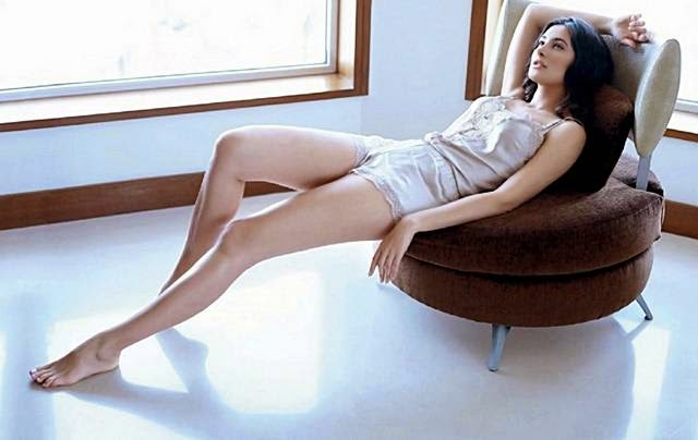Nargis Fakhri Hot Photoshoot for Maxim September 2014