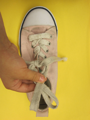 How to tie a shoe - Teacher ink