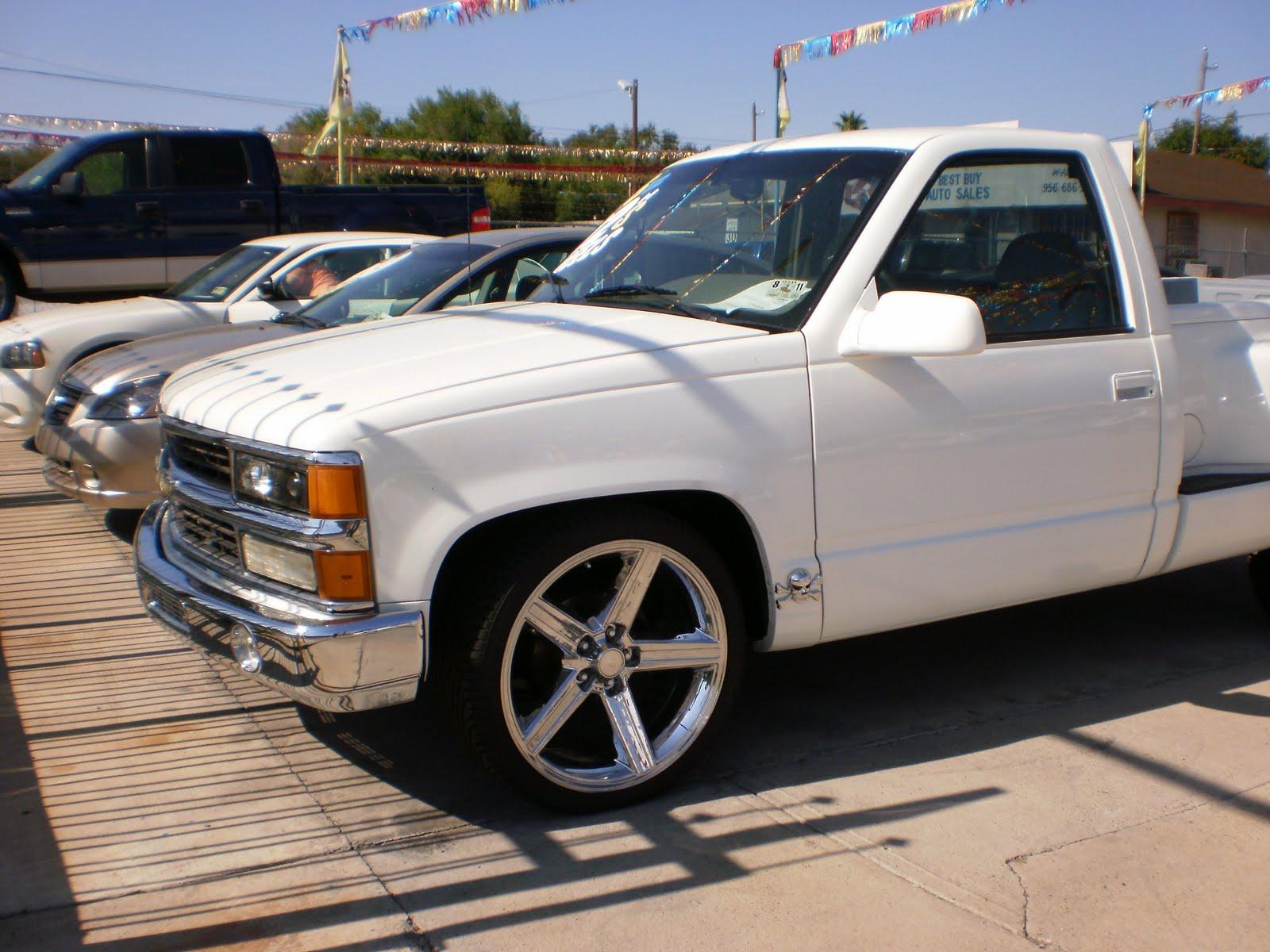 Dos Primos Auto Sales 1995 Chevy Silverado V 8