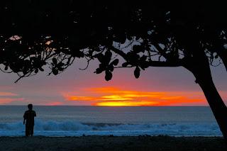 FOTO SUNSET TERBAIK Pantai Boom Tuban