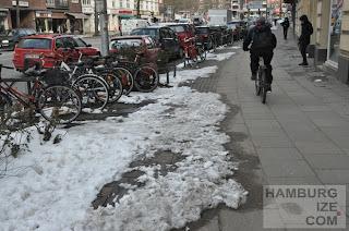 """Fake-""""Winterdienst"""" benutzungspflichtiger Radweg Hudtwalckerstraße"""