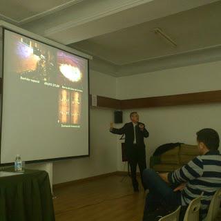 Ignacion Dols Durante la Coferencia organizada por el rotari club