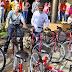 Agentes de Saúde recebem bicicleta para trabalharem.